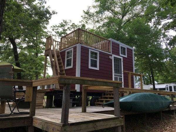 Tiny House with Rooftop Balcony For Sale 001