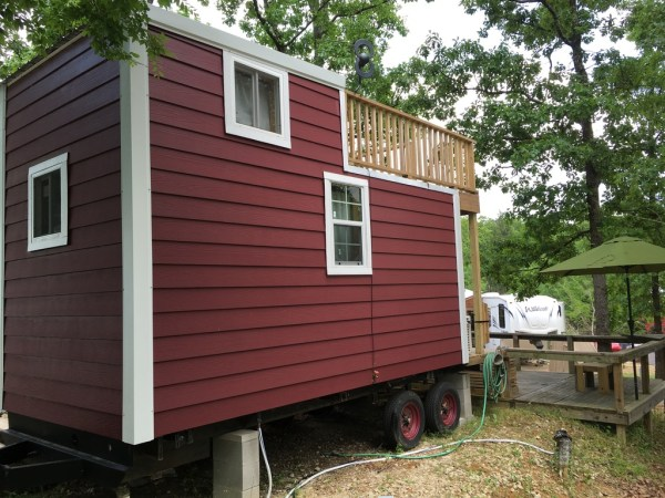 Tiny House with Rooftop Balcony For Sale 0040
