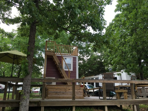 Tiny House with Rooftop Balcony For Sale 0045