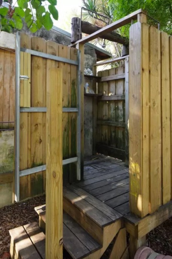 Tiny Loft Cabin on an Urban Permaculture Farm in Miami 0010
