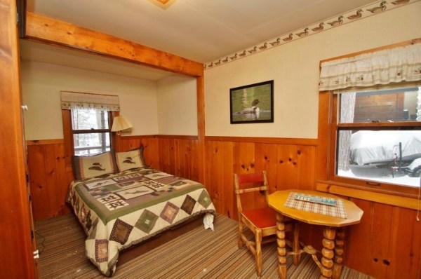 Tiny Log Cabin For Sale in Hayward WI 007