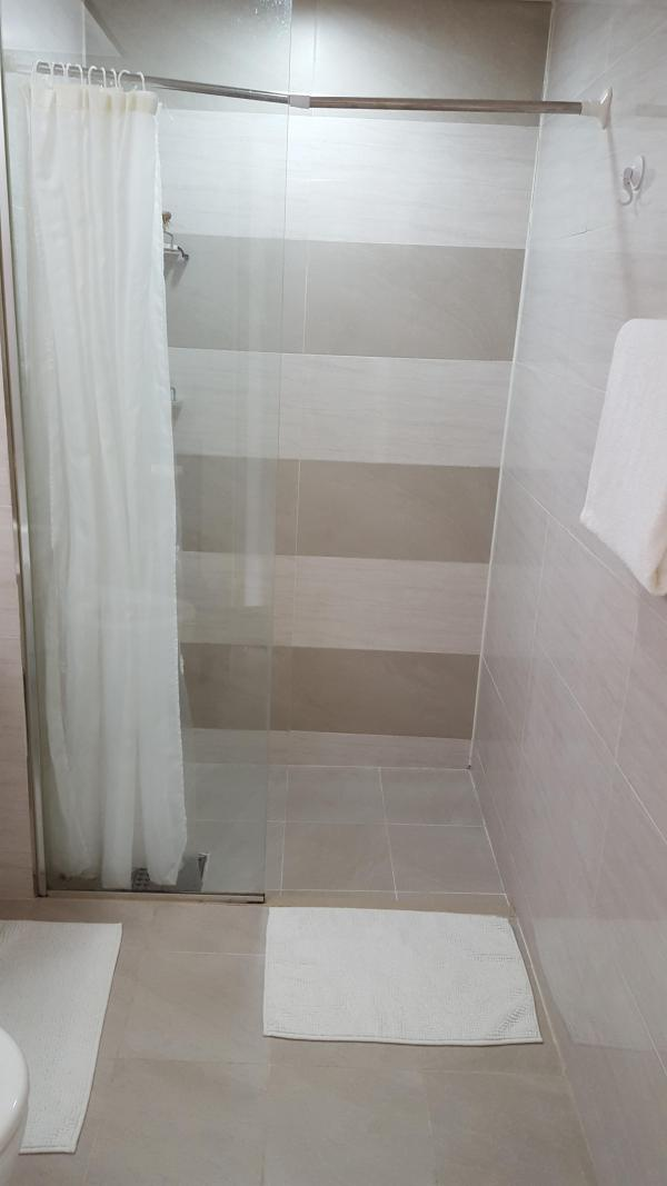 tiny-modern-apartment-in-south-korea-005