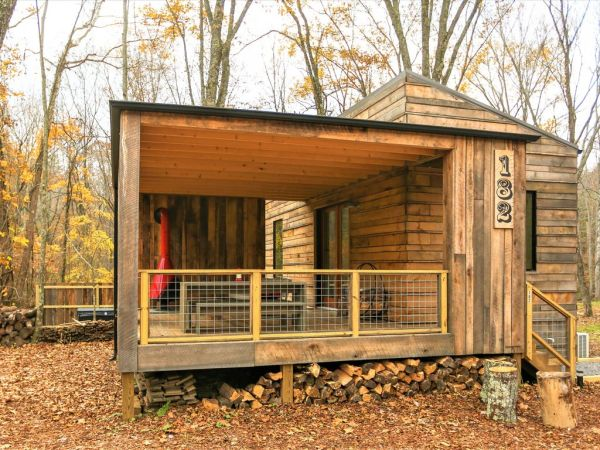 Tiny Modern Rustic Tiny Cabin Vacation near Asheville NC 002