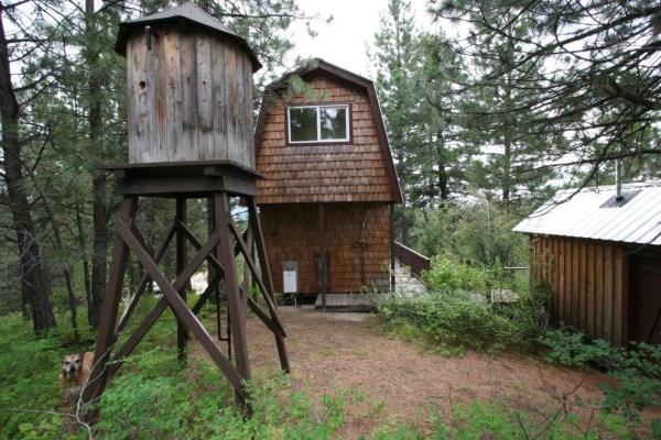 Tiny Newport Cabin 0013