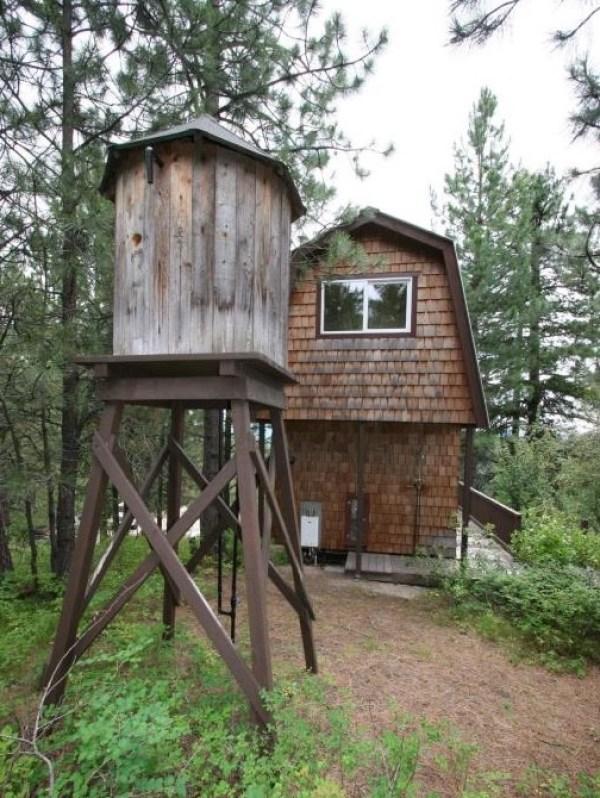 Tiny Newport Cabin 0019