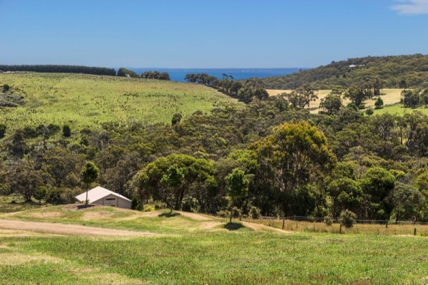 Tiny Stone House For Sale in Australia 05