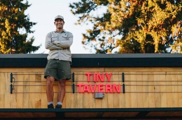 Tiny Tavern on Wheels 0011