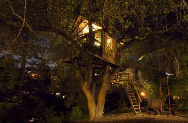 Tiny-Treehouse-Overlooking-San-Francisco-Bay-006