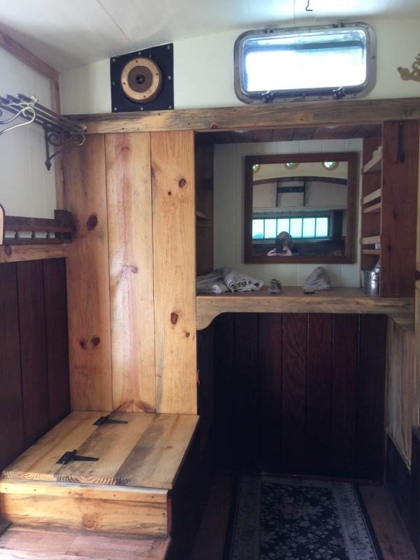 tonys-amazing-old-fashioned-trailer-coach-tiny-house-009