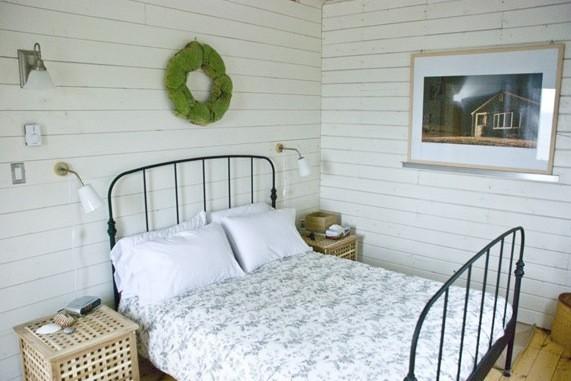 Two Bedroom Ocean Home in Cape Breton Island 005