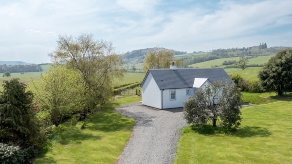 Two Bedroom Wee House in South Ayshire Scotland 0022