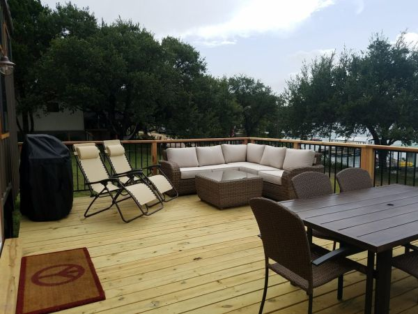 Two Waterfront Tiny Homes on Lake Travis Vacation Rentals_012