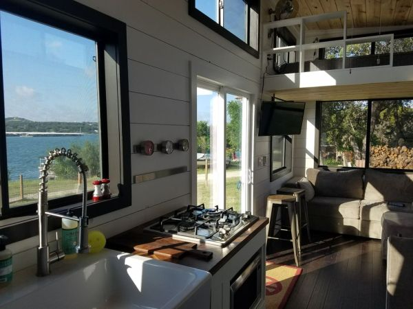 Two Waterfront Tiny Homes on Lake Travis Vacation Rentals_024