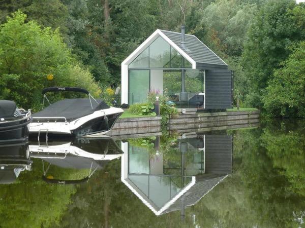 Unique-Recreational-Lake-House-Cabin-002