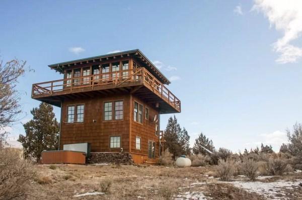 Watch Tower Cabin in Terebonne 0020
