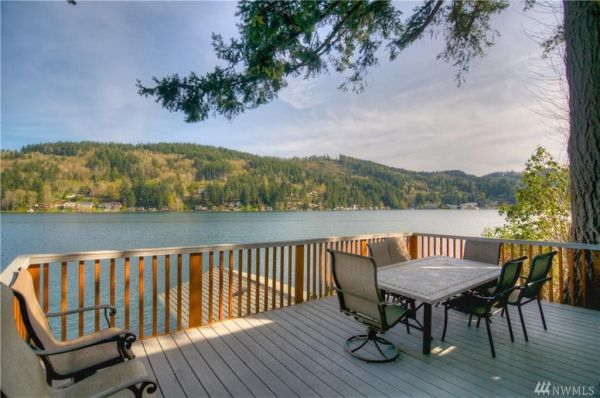 Waterfront Cabin on Summit Lake with Boathouse For Sale in Olympia, WA