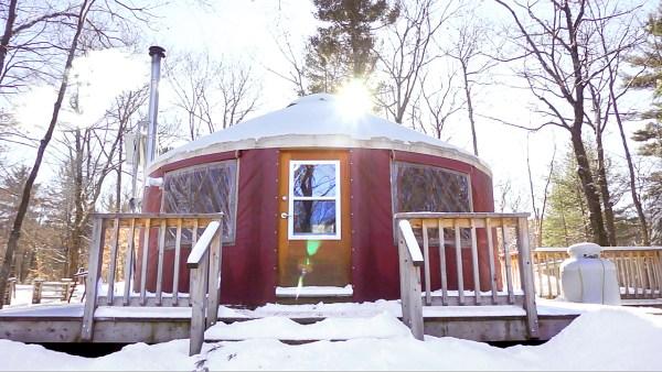 Yurt in Gatineau Park - Exploring Alternatives
