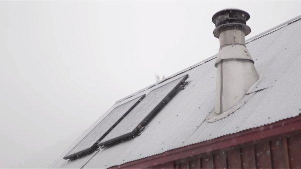 zach-giffin-ski-tiny-house-002