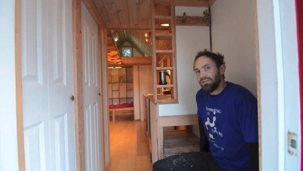 acorn-3-tiny-house-on-wheels-nelson-002