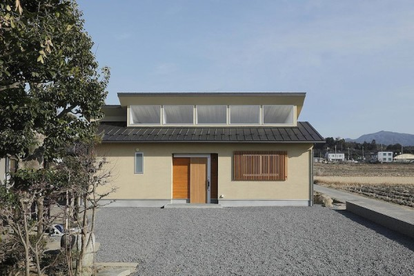 alts design office 768 sf japanese family small house 0013 600x400   Minimalist 778 Sq. Ft. Japanese Family Small House