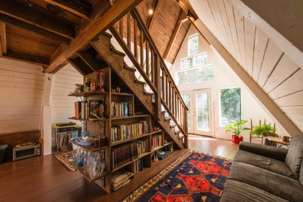 amazing-tiny-a-frame-cabin-in-the-redwoods-010