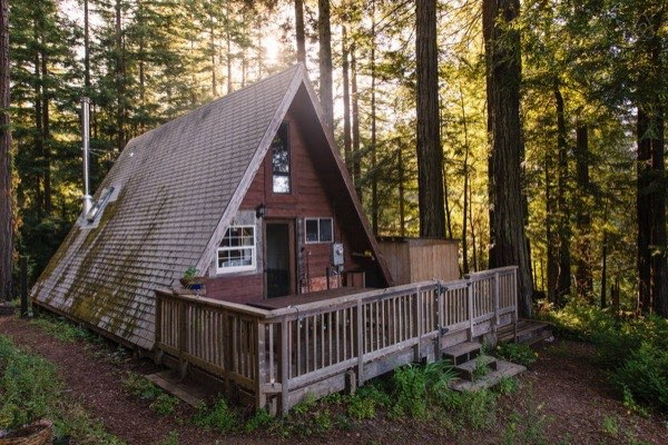 amazing-tiny-a-frame-cabin-in-the-redwoods-016b