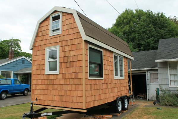 aprils-tiny-house-1