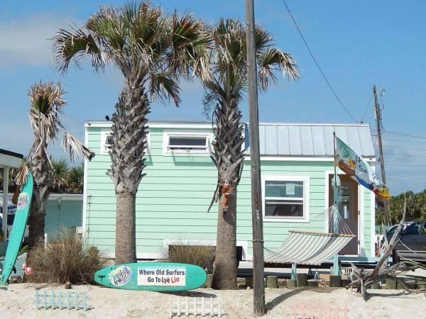 beach-tiny-house-002