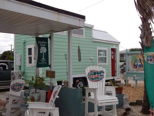 beach-tiny-house-006