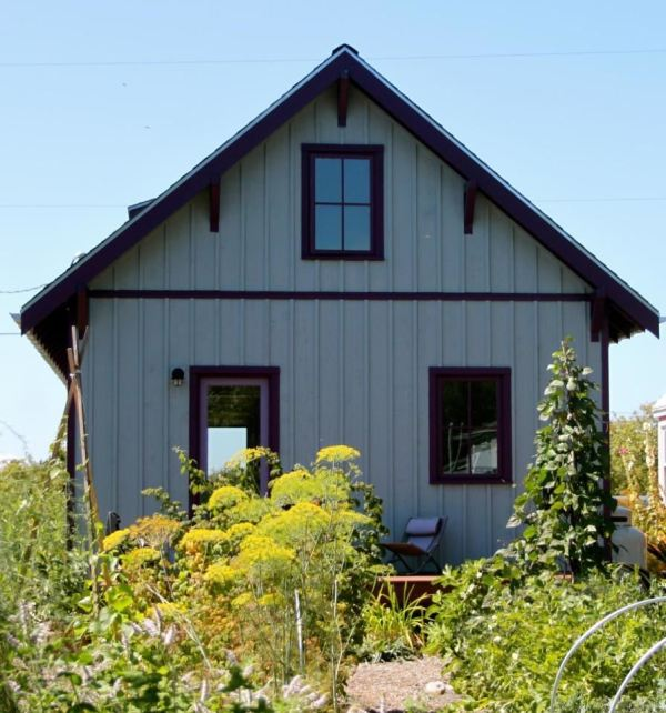 beekeepers-bungalow-small-cottage-for-sale-00018