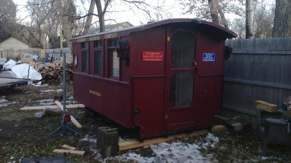 caboose-micro-guest-house-004