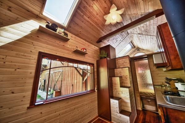 Candice's Tiny Tack House: Interior Photos: Modified Tumbleweed Fencl: Photos by Chris Tack (3)