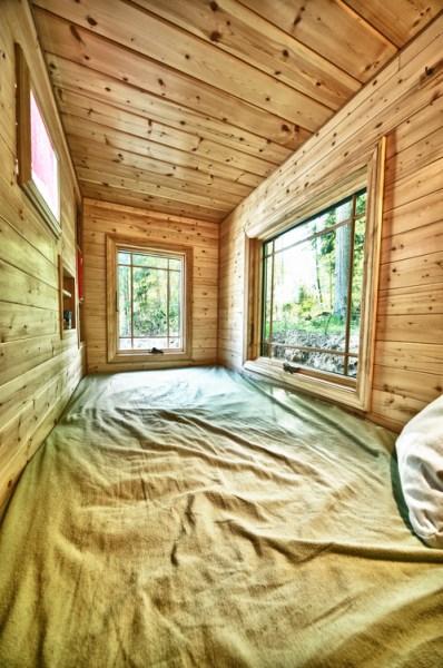 Candice's Tiny Tack House: Interior Photos: Modified Tumbleweed Fencl: Photos by Chris Tack (8)