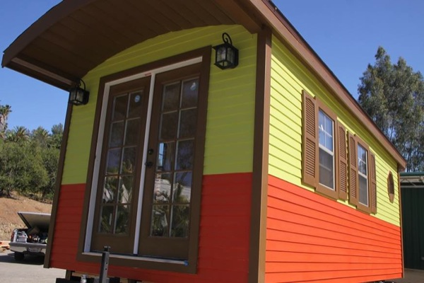 caravan-tiny-house-so-cal-cottages-002