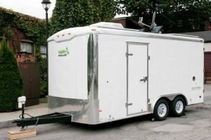 Man Turns this Cargo Trailer into Amazing Stealth Cabin