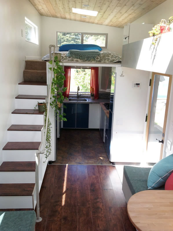charming-340-sqft-tiny-home-wheels-for-sale-009