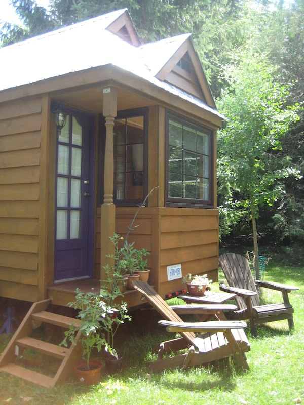 Collin and Joanna's Fencl Tiny House