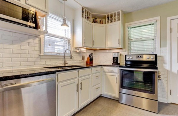 columbus-ohio-cottage-for-sale-with-garage-and-finished-basement-009
