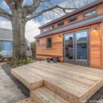 couples-backyard-tiny-house-on-wheels-01