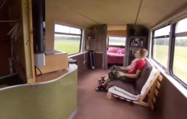 couples-debt-free-double-decker-bus-home-002