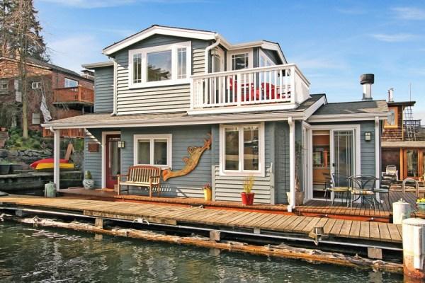 craftsman-style-portage-bay-float-house-exterior3-via-smallhousebliss