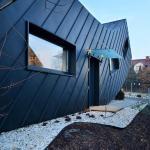 curvy-modern-small-home-domo-dom-004