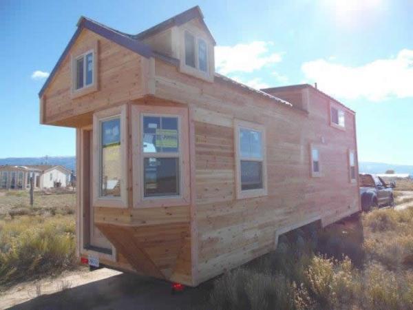 custom-28feet-tiny-house-on-wheels-014