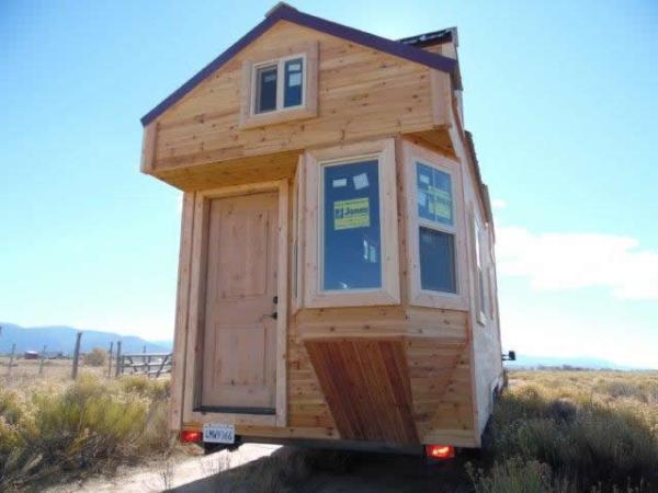 custom-28feet-tiny-house-on-wheels-016