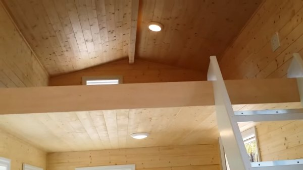 custom-tiny-house-with-split-level-floor-plan-012