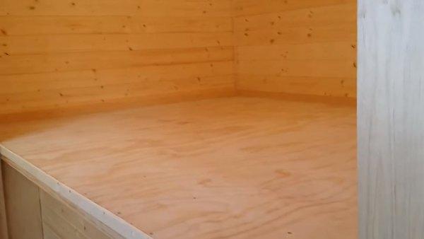 custom-tiny-house-with-split-level-floor-plan-014