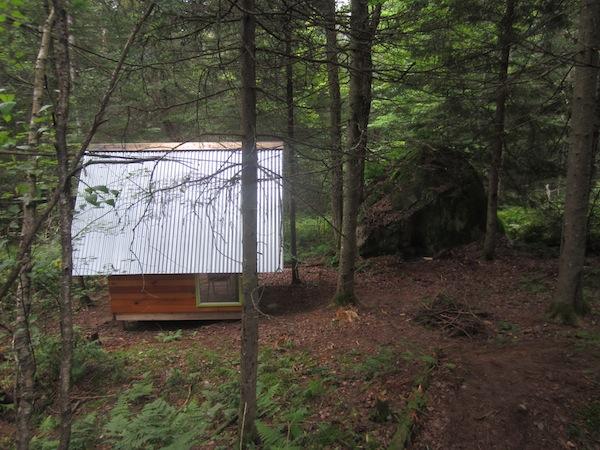 deeks-tiny-cabin-04