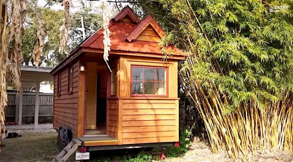 dereks-custom-tumbleweed-cypress-nola-tiny-house