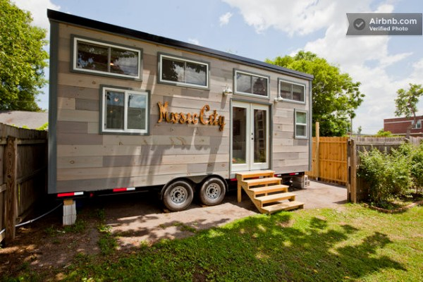 family-builds-music-city-tiny-house-001
