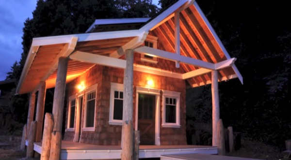 family-mortgage-free-eco-cabin-001